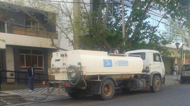 Siguen los cruces entre el Municipio y el EPAS por el reparto de agua