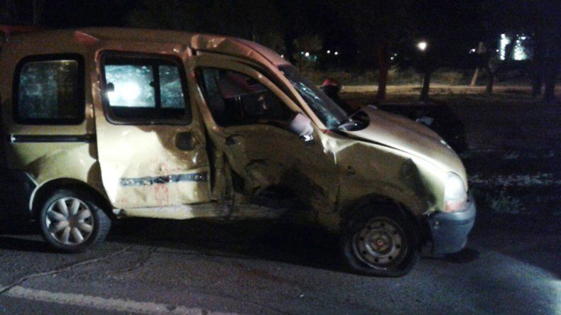 Dos heridos en un fuerte choque en Ruta 22