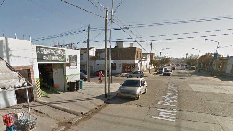 Atraparon a tres adolescentes que asaltaron a una mujer con una réplica de arma