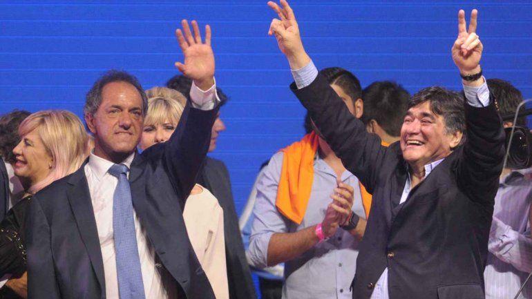Scioli superó por dos puntos a Macri al finalizar el escrutinio provisorio