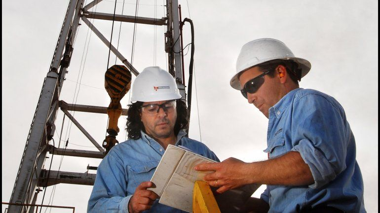 Estrategia. Las petroleras trabajan con programas de jóvenes profesionales y buscan talentos en provincias donde se asientan universidades que brindan las especialidades o ingenierías.