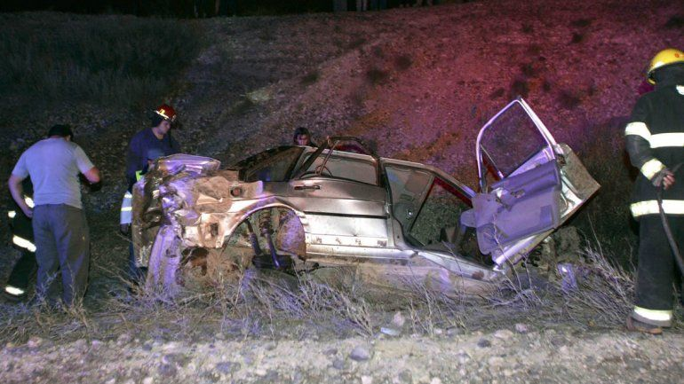 Tres muertos  en un trágico vuelco sobre la Ruta 51