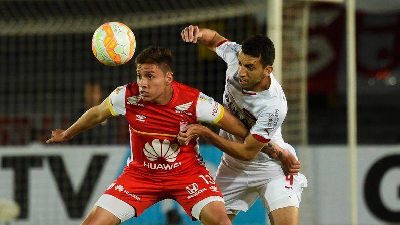 Independiente se acordó tarde de atacar. Igualó sobre el final