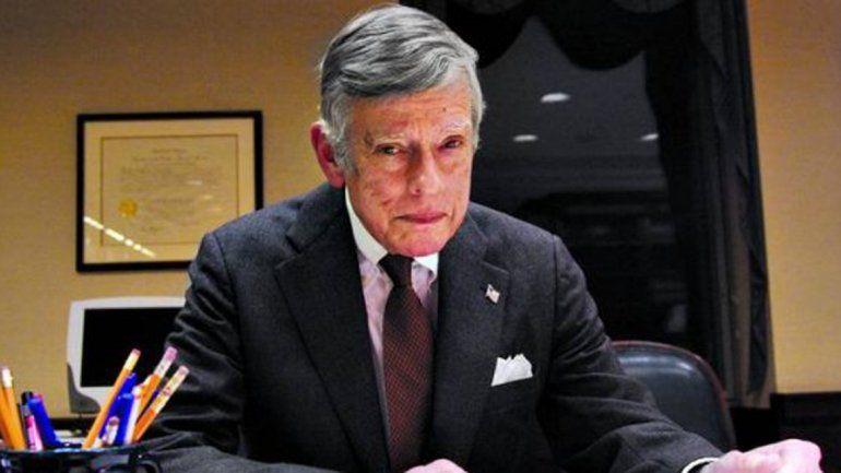 Griesa agranda el fallo e insiste en que Argentina negocie con los fondos buitre
