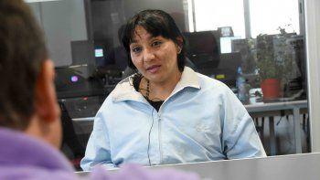 Paola Pailacura, la mamá, con LM Neuquén. Reveló datos de la causa, a la que dice no haber sido convocada.