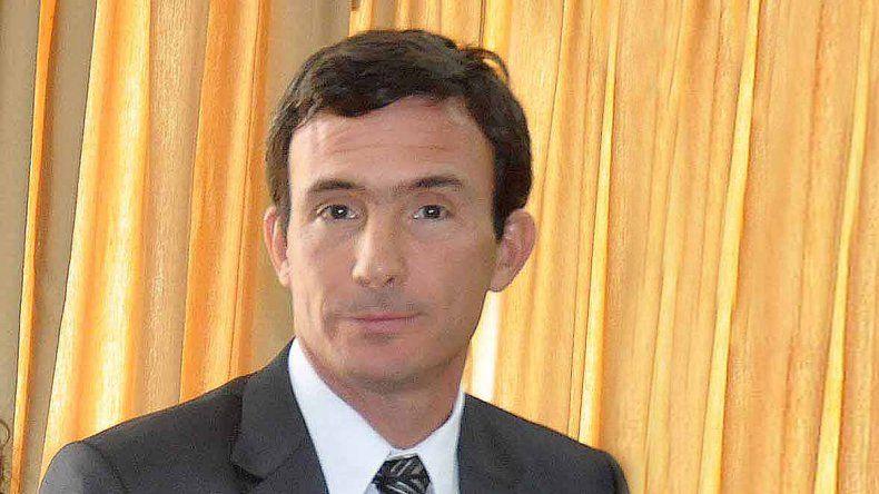 Elosú Larumbe es el candidato del Ejecutivo para completar el TSJ.