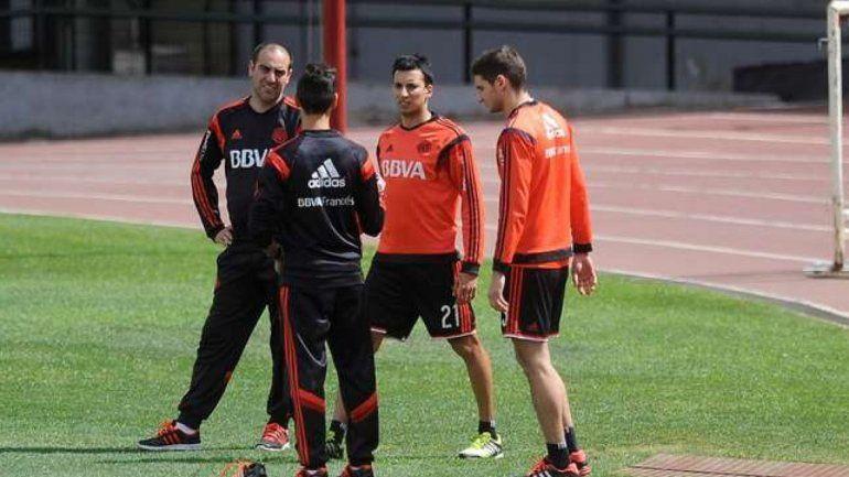 Gallardo prepara el once: vuelven Alario y Vangioni. Barovero llegaría.