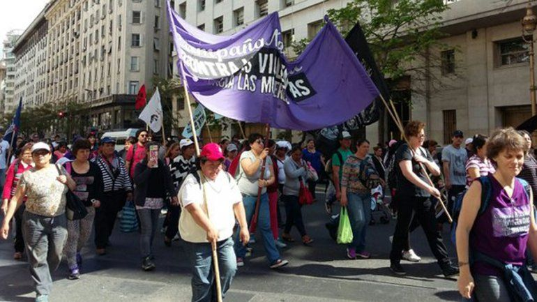 Con un corte de calles, protestan por la mujer mapuche juzgada en Zapala