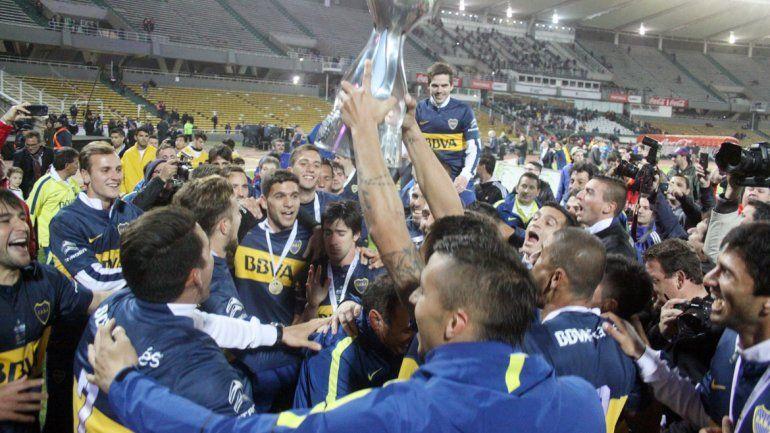 Los festejos de Boca. Salió campeón el domingo ante Tigre en la Bombonera y ganó la Copa Argentina frente a Rosario Central en Córdoba.