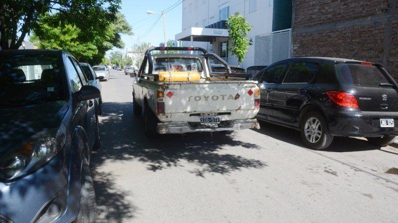 vLucero es una de las calles entrecortadas de la ciudad ubicada entre Combate de San Lorenzo y Arabarco. El movimiento es incesante por la cantidad de personas que acuden a una clínica.