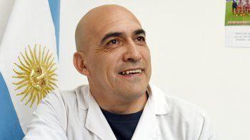 Milton Crisóstomo, director de la escuela anclada en el ámbito rural.