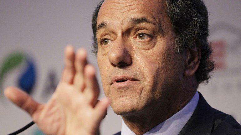 El candidato a presidente del FpV salió al cruce de las propuestas en materia de energía de Macri.
