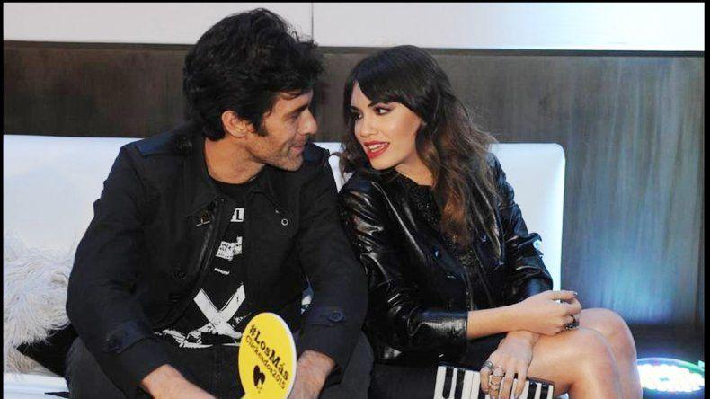 Lali y Mariano se abrazaron y mostraron su amor públicamente en un evento.