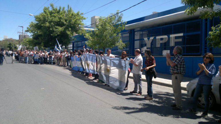 Vecinos de Neuquén realizarán una mateada en apoyo a Scioli
