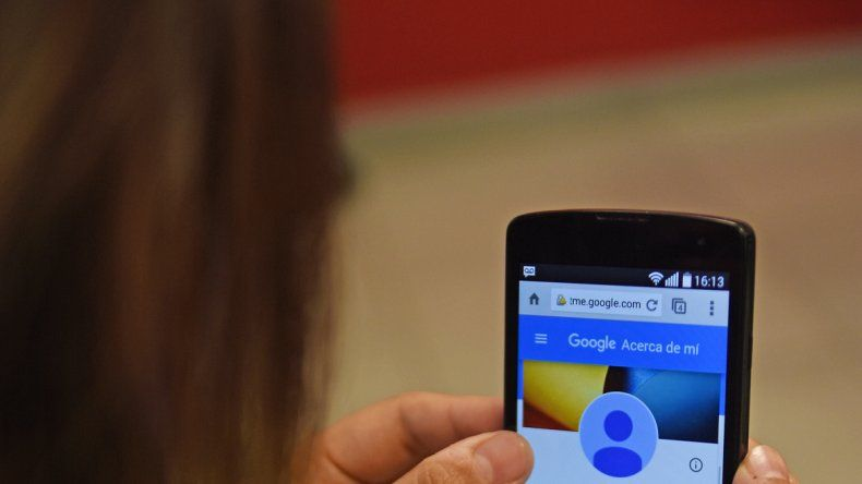 Las redes sociales parecen ser los nuevos espacios en los que transcurre la vida.
