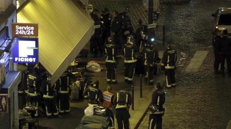 Tras la toma de rehenes,  hay más de 150 muertos en París y decenas de heridos