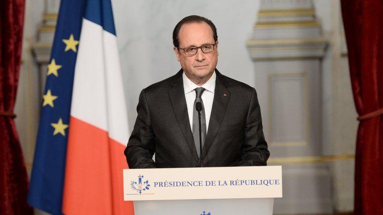 Hollande prometió destruir al ISIS