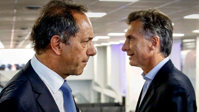 Scioli y Macri se verán cara a cara esta noche en el Aula Magna de la Facultad de Derecho de la Universidad de Buenos Aires.