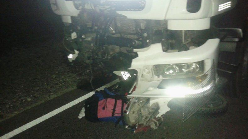 Tragedia en la 237: lo atropelló un camión y murió en el acto
