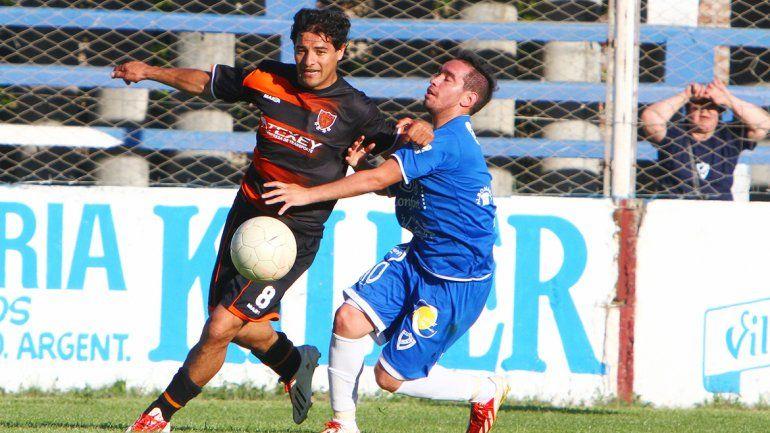 El memorable partido entre Racing de Avellaneda y el Rojo neuquino. Petrolero