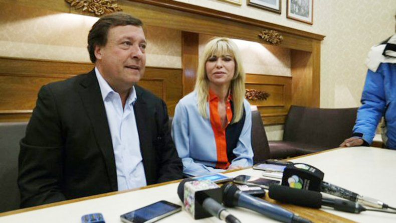 Weretilneck y Rabolini se reunieron en una confitería de Bariloche.