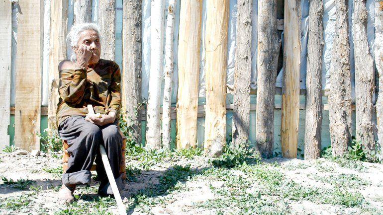 Miriam Gallardo tiene 75 años y vivía en muy precarias condiciones. Sin embargo