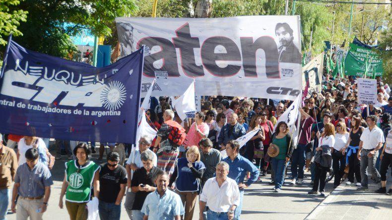 Las conducciones de los sindicatos del Estado provincial dieron a conocer su postura.