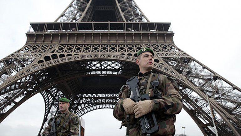 Reprimen marcha contra la reforma laboral en Francia