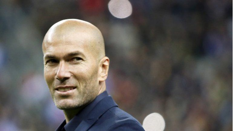 Zidane podría reemplazar al Rafa si se marcha.