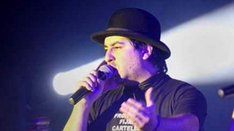 Julio Sierra es el vocalista de la formación nacida en 2008.