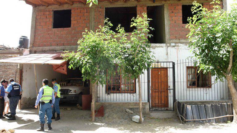 Familiares apedrearon el edificio judicial (arr)