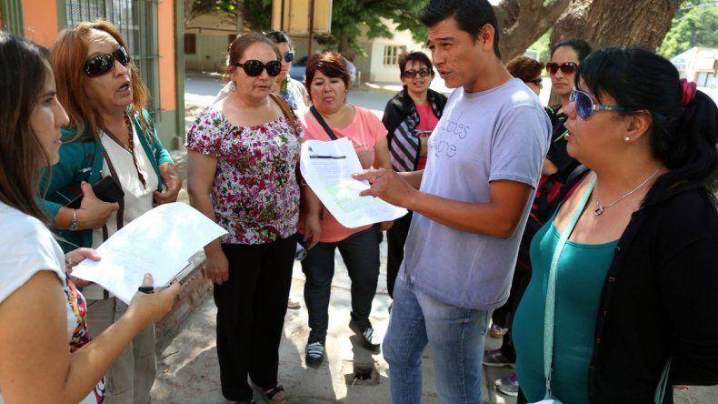 Los vecinos hicieron circular el pedido y lograron 5260 firmas.