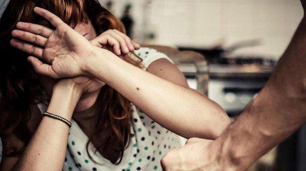 Sapag reglamentó la ley de violencia de género