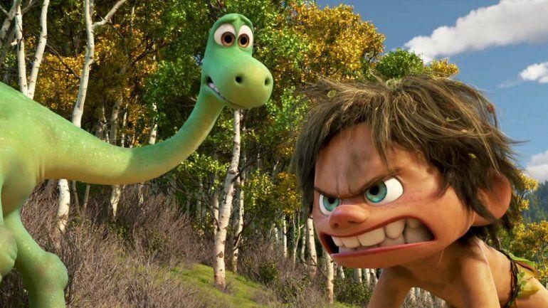 Arlo y Spot son los protagonistas de esta bella historia.