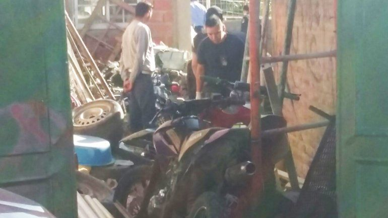 Desmantelan una banda que robaba motos, bicis y herramientas