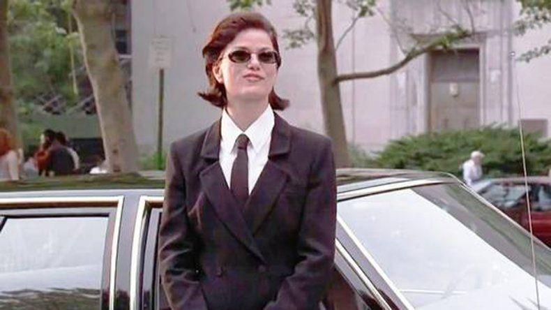Única vez. Al final de la primera entrega de 1997 se introdujo al personaje de Linda Fiorentino (Gotcha) como nueva agente.