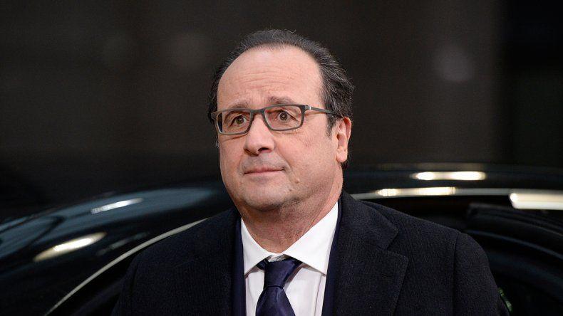 Indignación en Francia: el peluquero de Hollande cobra 10 mil euros al mes