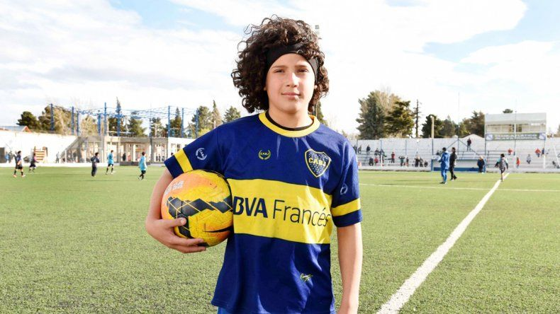 La Pulga cuando daba sus primeros pasos como futbolista. Jeremías le gana en algo: trascendió mediáticamente a más corta edad