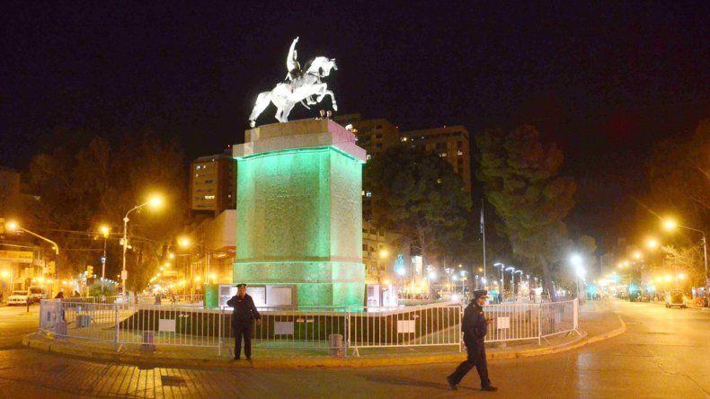 El 12 de septiembre de 1954 se inauguró el monumento.