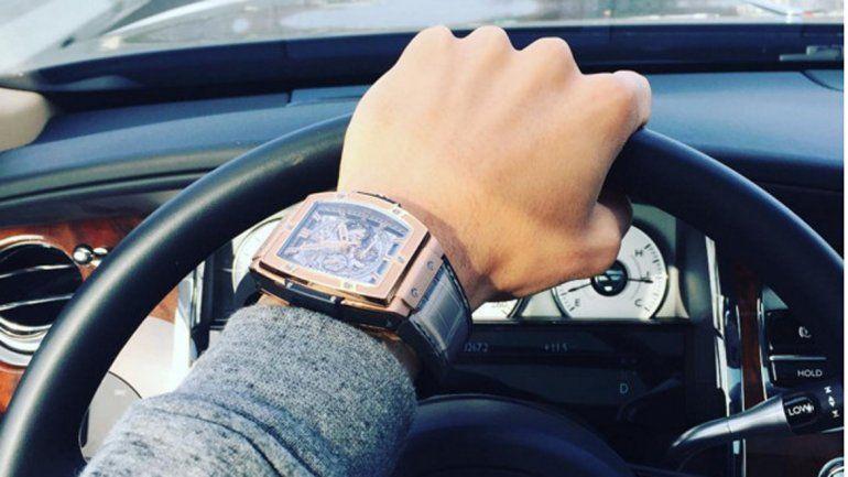 El reloj está valuado en 47 mil dólares