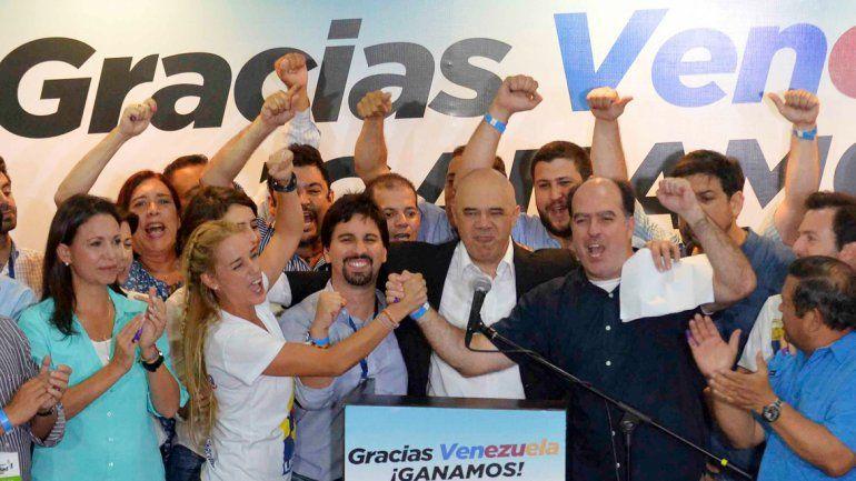 Los líderes de la Mesa de la Unidad Democrática