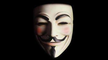 La máscara que sonríe, la imagen del grupo de hackers Anonymous.