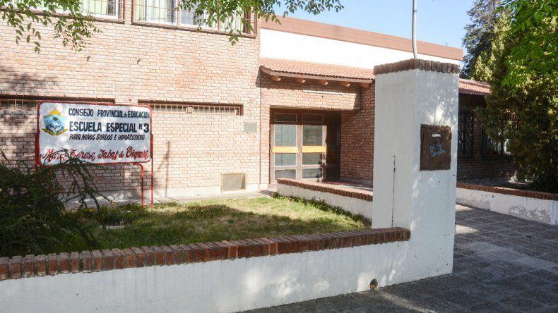 La Escuela Especial 3 está ubicada al lado de la Comisaría Primera