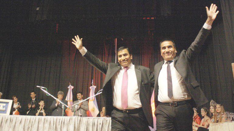 Ramón Rioseco le pasó el mando del municipio a su hermano José.