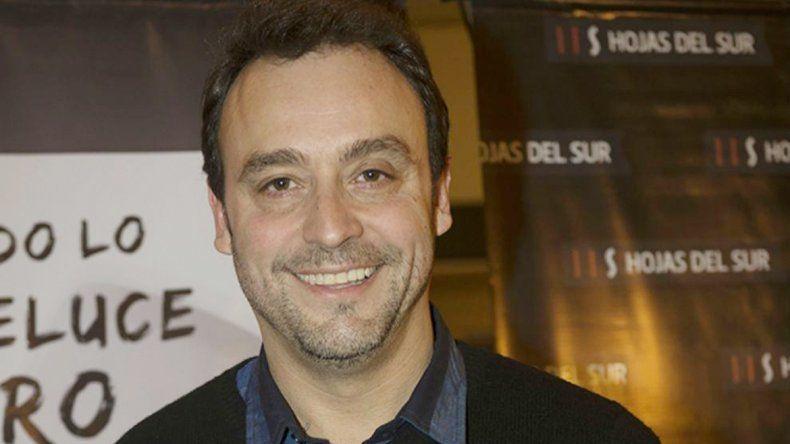 Adrián Pallares debió tomar las riendas del programa mientras Jorge era asistido fuera de cámara.