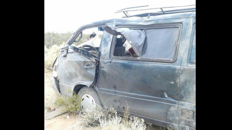 Cutral Co: dos personas heridas tras un vuelco sobre la Ruta 22