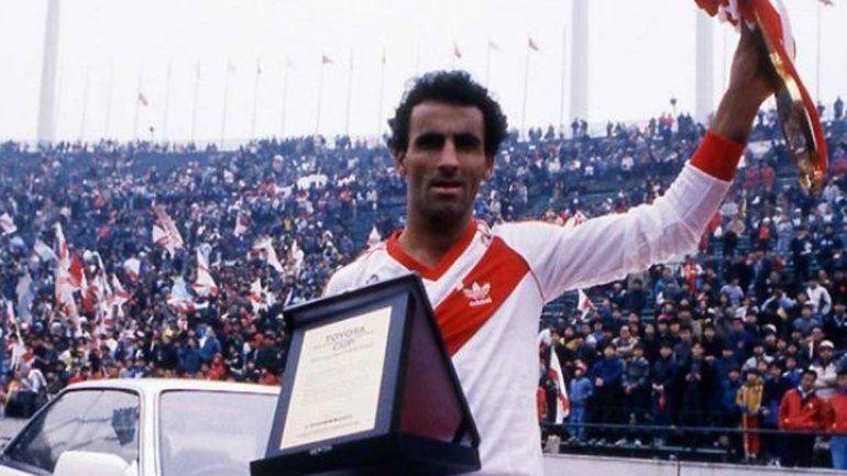 Un momento inolvidable: River campeón del mundo con gol de Alzamendi.
