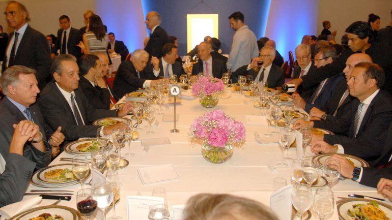 Gutiérrez participa del almuerzo junto a Aranguren.