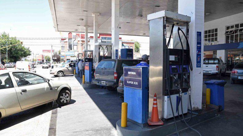La rebaja en combustibles se comenzó a aplicar este mes y ya se ven los efectos positivos de la medida.