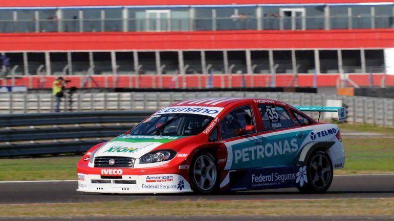 El piloto de Cipolletti estuvo en la presentación de la última carrera.